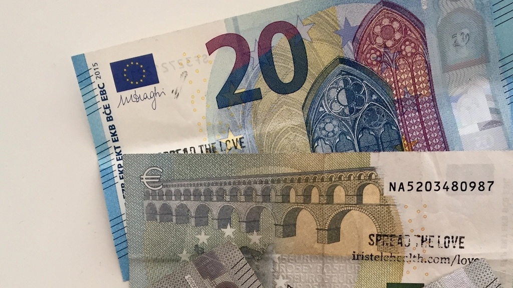 Large 20 banknote